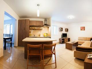 Villa Varos - Split vacation rentals