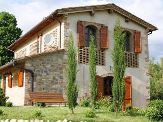 Podere San Galgano Villa with private fishing lake - San Gimignano vacation rentals