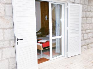 J&J *** Bedroom 2 - Zaton Mali - Mali Ston vacation rentals