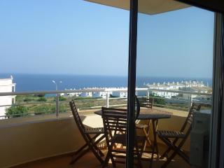 2 bedroom top floor apartment - Luz vacation rentals