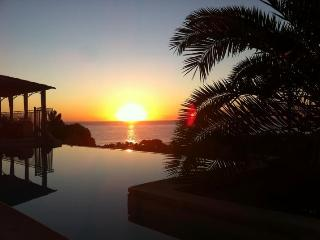 Nice Villa with Internet Access and Dishwasher - Sari-Solenzara vacation rentals