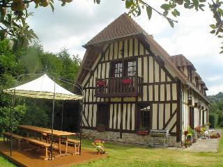 Lovely House with Internet Access and Television - Caen vacation rentals