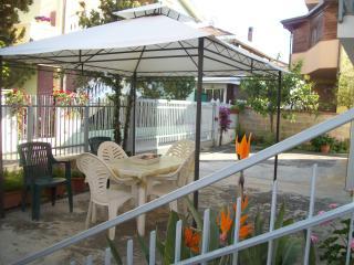Abruzzo mare Appartamento in villa................ - Montesilvano vacation rentals