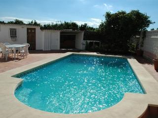 Villa & pool- 150 meters beach - Gandia vacation rentals