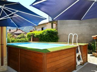Vacation Rental with pool on lake Lugano, ideal for families and children - Cadegliano Viconago vacation rentals
