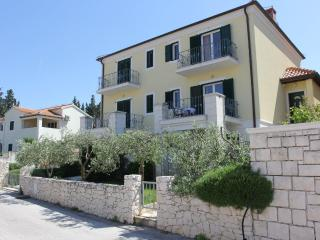 Villa Marela - Apartment Veliki - Supetar vacation rentals