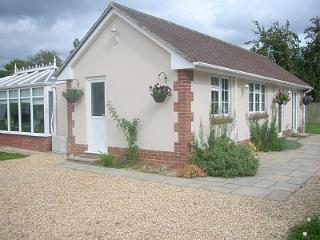 Beautiful Bungalow with Internet Access and Central Heating - Three Legged Cross vacation rentals