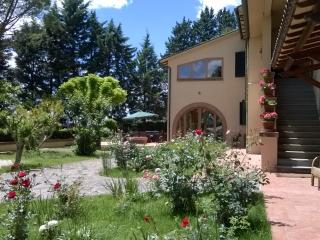 Beautiful 4 bedroom Villa in Perugia - Perugia vacation rentals
