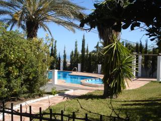 Wonderful 4 bedroom Villa in Frigiliana with Internet Access - Frigiliana vacation rentals