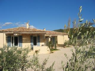 Cozy 2 bedroom Gite in Venasque - Venasque vacation rentals