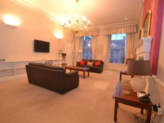 Exceptional City Centre apartment - Hope Street - Edinburgh vacation rentals