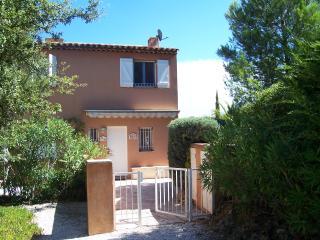2 bedroom Villa with Tennis Court in Saint-Tropez - Saint-Tropez vacation rentals