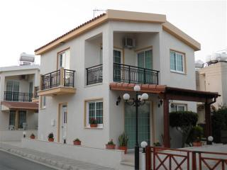 3 Bdrm Beach Villa Sea View Oroklini Larnaca - Oroklini vacation rentals