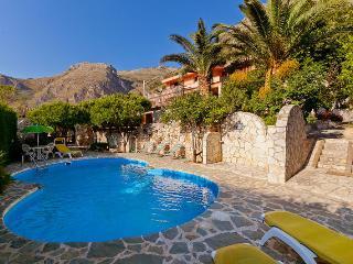 Patrizia Edera flat, 4+1 - Castellammare del Golfo vacation rentals