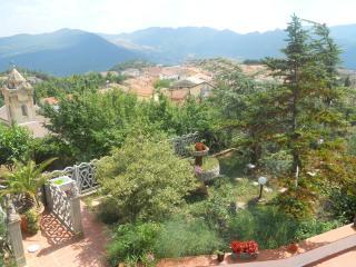 Villa Testa - apartment Miss Loretta - Castelmezzano vacation rentals