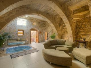 Ta Drinu luxury character house - Zabbar vacation rentals