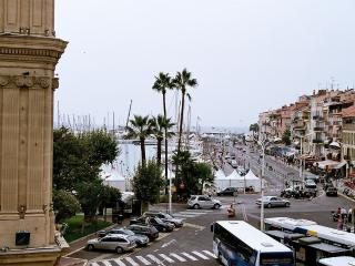 Studio Félix Faure Vue mer 5mn Palais et Plages - Cannes vacation rentals