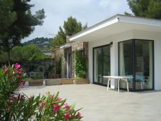 Villa Teresa nel verde di Pinamare Andora (SV) - Andora vacation rentals