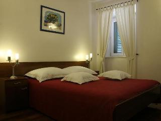 Vila Slika, NIKI - Cove Makarac (Milna) vacation rentals