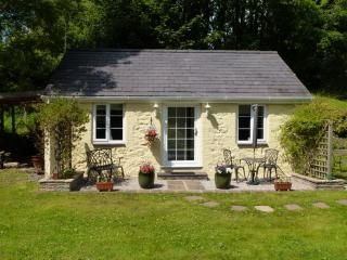 1 bedroom Cottage with Internet Access in Bangor - Bangor vacation rentals