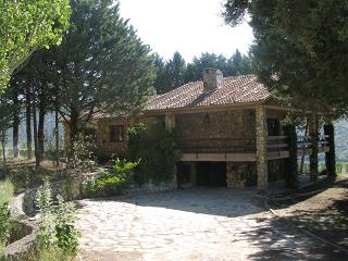 Nice Villa with Satellite Or Cable TV and Boat Available - Fuentiduena vacation rentals