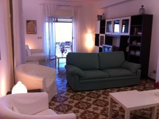 """Casa Vacanze """"Il Porticciolo"""" - Acireale vacation rentals"""
