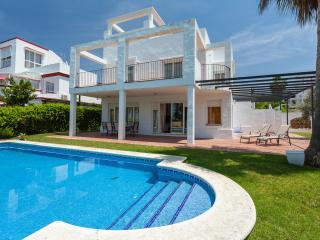 CHALET GOLF, INCREDIBLE VIEWS - Sanlucar de Barrameda vacation rentals
