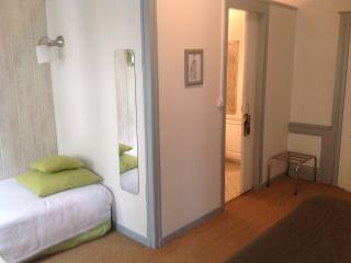 Nice 1 bedroom Guest house in Vernon - Vernon vacation rentals
