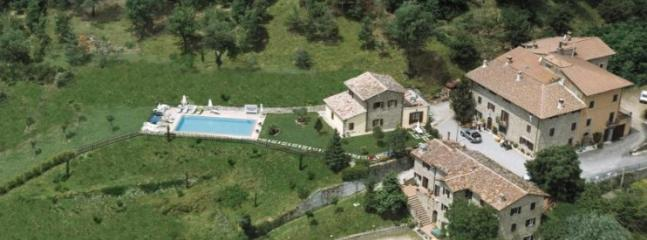 Charming Condo with Internet Access and Grill - Lisciano Niccone vacation rentals