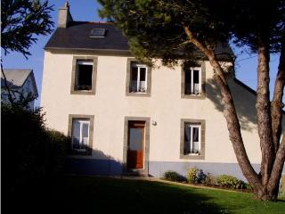 3299 Brittany cottage with sea views - Roscanvel vacation rentals