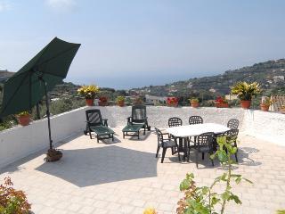 Casa carlino - Metrano vacation rentals