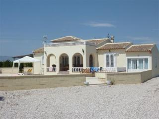 Nice Villa with Internet Access and A/C - Quesada vacation rentals