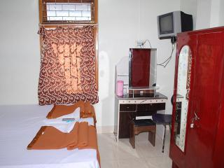 Wonderful Kolkata (Calcutta) Resort rental with A/C - Kolkata (Calcutta) vacation rentals