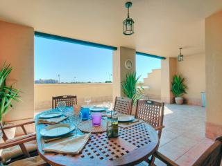 Beautiful Condo with Satellite Or Cable TV and Television - Isla Canela vacation rentals