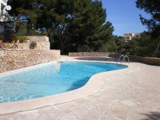 Mallorca apartment with garden next to the sea - Cala Ferrera vacation rentals