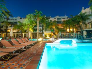 Central Puerto Banus apartment w/ terrace pool gym - Puerto José Banús vacation rentals