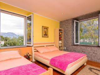 Villa sea views Lelantos - Dobrota vacation rentals