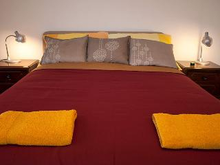 Lovely 3 bedroom Zagreb Apartment with Internet Access - Zagreb vacation rentals