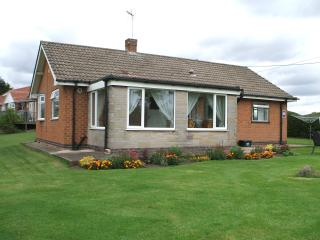 Lovely 2 bedroom Bungalow in Nottingham - Nottingham vacation rentals