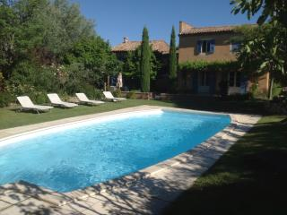 Mas du Carrignan - Roussillon vacation rentals