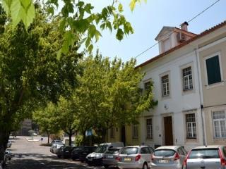 Bright Condo with Wireless Internet and Short Breaks Allowed in Coimbra - Coimbra vacation rentals