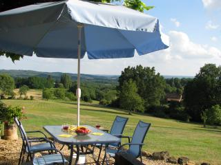 Cottage with stunning views from every room heated pool large gardens WIFI - Sarlat-la-Canéda vacation rentals