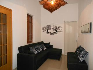 Nice Condo with A/C and Television - Oristano vacation rentals