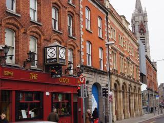 5 Crompton - Dublin vacation rentals