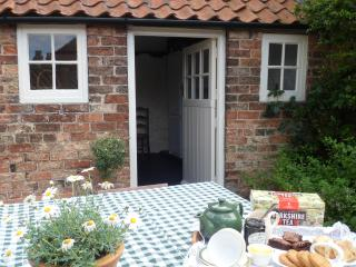Bay Tree Cottage, Nordham, North Cave , East Yorks - Beverley vacation rentals