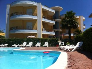 Nice Resort with Internet Access and Garden - Roseto Degli Abruzzi vacation rentals