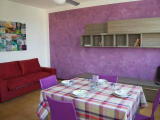 Cozy 2 bedroom Brenzone Apartment with Balcony - Brenzone vacation rentals