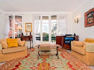 Luxembourg Gardens One Bedroom Splendour - ID# 314 - Paris vacation rentals