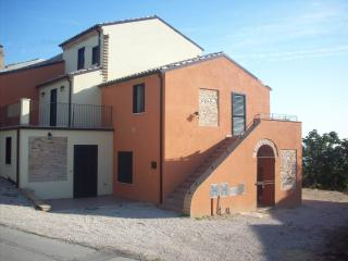 Lovely 3 bedroom House in Collecorvino - Collecorvino vacation rentals