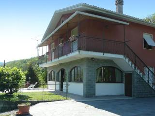 Gorgeous 4 bedroom Villa in Varese Ligure with DVD Player - Varese Ligure vacation rentals